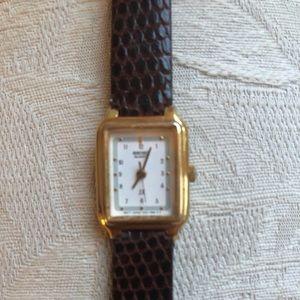 Ladies Seiko Quartz SX watch with lizard strap